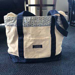 VIneyard Vines Kentucky Derby Edition Tote